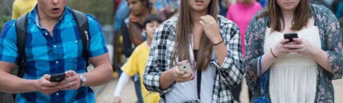 Campanha pede 'botão delete' para adolescentes apagarem passado digital